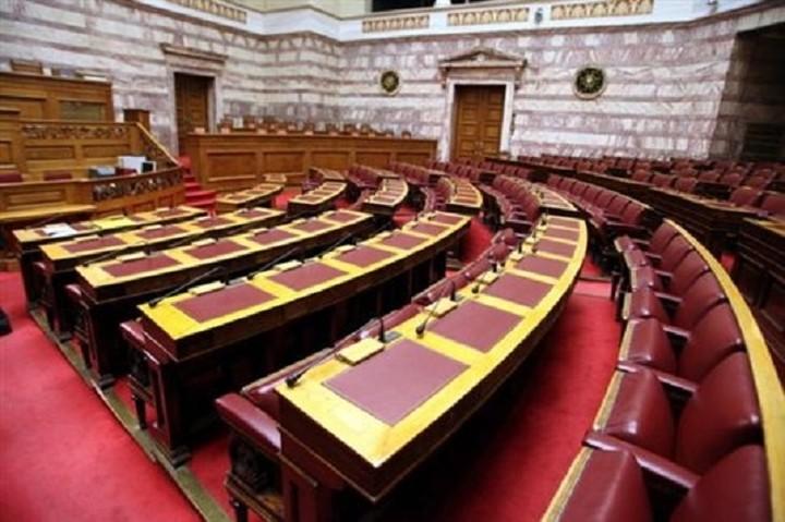 Η μάχη της κάλπης: Πώς βλέπουν τα στελέχη της κυβέρνησης και της αντιπολίτευσης τις πρόωρες εκλογές