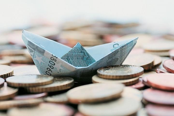 Μειωμένες οι καταθέσεις και τα δάνεια τον Νοέμβριο