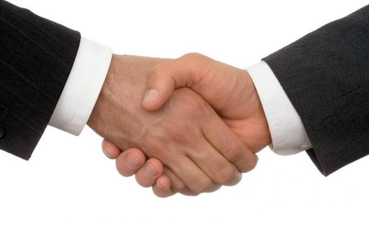 """Tα deals που χάλασαν και οι """"γάμοι"""" που σχόλασαν μέσα στο 2014"""