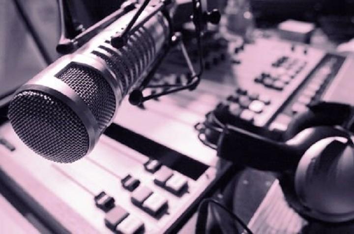 Οι πέντε ραδιοφωνικοί σταθμοί που «περνούν» στα χέρια των εργαζομένων