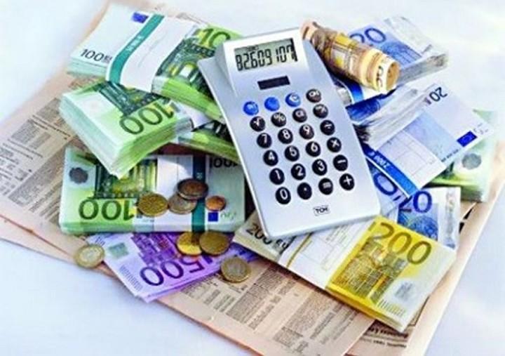 ΥΠΟΙΚ: Υπερβαίνουν τα 3,3 δισ. ευρώ οι επιστροφές φόρων το 2014