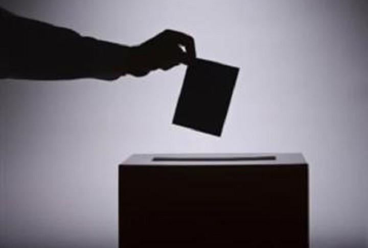 Συνήγορος του Πολίτη: Αυτές είναι οι δύο λύσεις για να ψηφίσουν στις εκλογές οι 18χρονοι