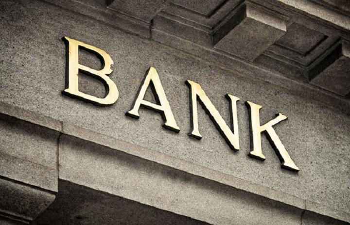 WSJ: Ξένοι οίκοι και τράπεζες κάνουν stress tests για να δουν αν αντέχουν ένα Grexit