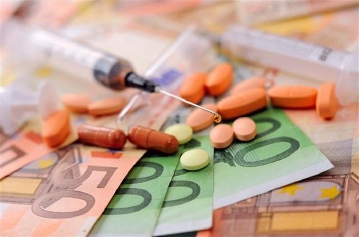 Deal «μαμούθ» στον χώρο των φαρμάκων: Ποιος εξαγοράζει ποιον