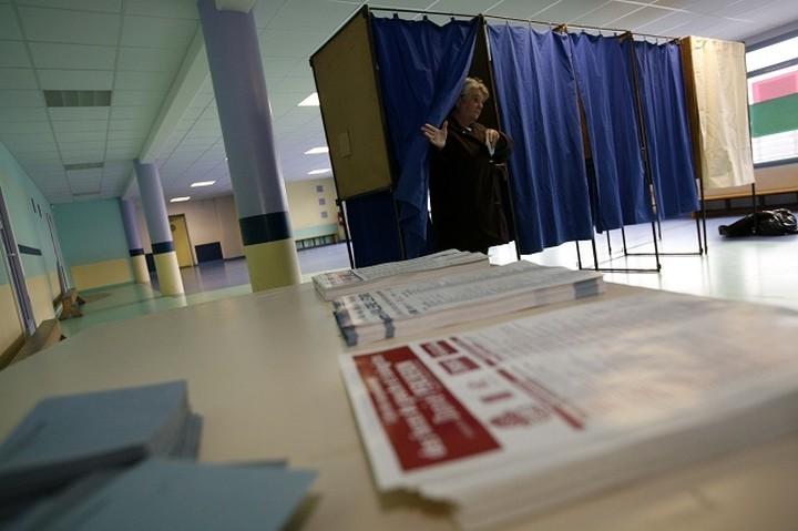 Όλα όσα πρέπει να γνωρίζουν οι ψηφοφόροι για τις εκλογές 2015