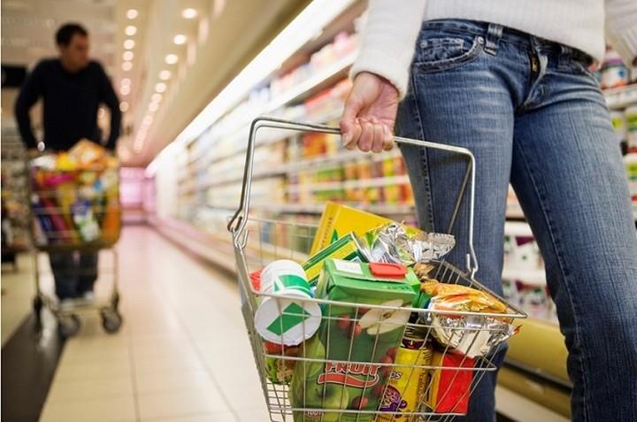 Σουπέρμαρκετ: 15% φθηνότερο το καλάθι του καταναλωτή το 2014