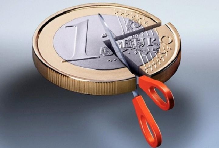 Χούτερ: Δεν υπάρχει λόγος νέο κούρεμα του ελληνικού χρέους