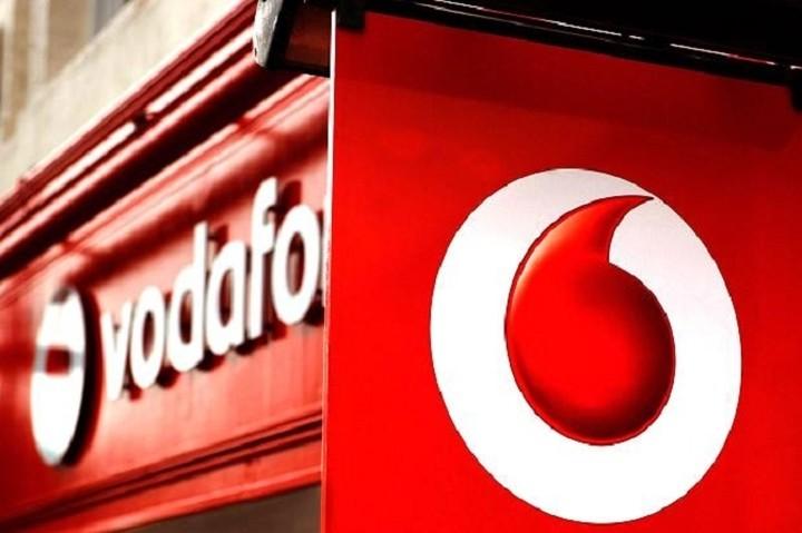 Εκπτώσεις έως και 50% από την Vodafone