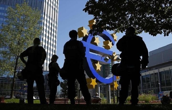 Πώς σχολιάζουν οι αναλυτές την απόφαση του Ευρωδικαστηρίου για ΕΚΤ