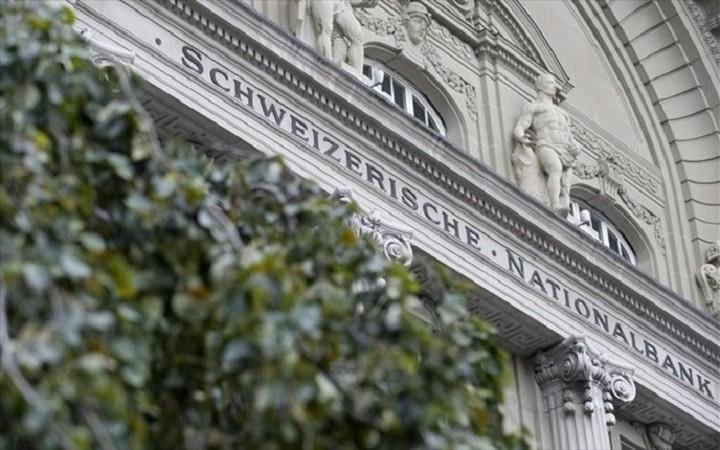 Σε «απόγνωση» οι δανειολήπτες που έχουν δάνεια σε ελβετικό φράγκο