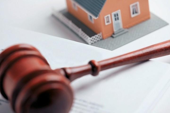 Αναστολή πλειστηριασμών της κύριας κατοικίας ζητούν οργανώσεις καταναλωτών