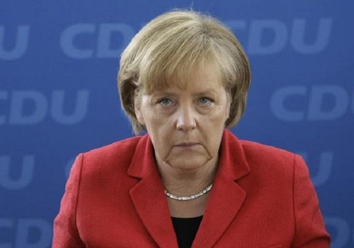 Μέρκελ: Θα ήθελα η Ελλάδα να παραμείνει στην Ευρωζώνη