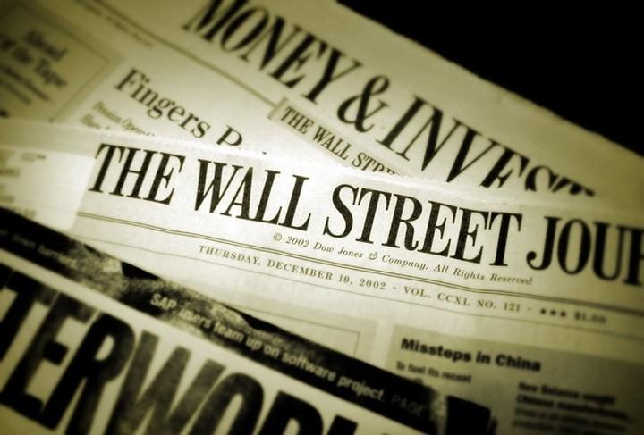 Wall Street Journal: «Χρειάζεται η Ελλάδα ελάφρυνση του χρέους;»