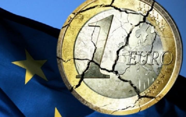 Bloomberg: Σε «crisis mode» η ευρωζώνη