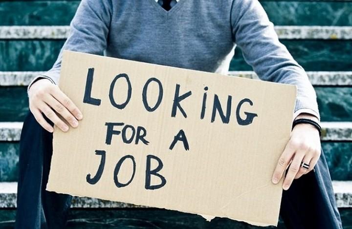 Έκθεση - φωτιά: Αύξηση των ανέργων κατά 11 εκατ. τα επόμενα τέσσερα χρόνια