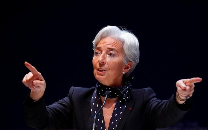 Προειδοποίηση Λαγκάρντ: Μια έξοδος της Ελλάδας από το ευρώ θα ήταν καταστροφική για τη χώρα
