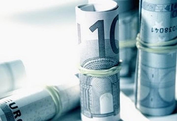 La Republica: «Σώθηκαν οι τράπεζες και όχι οι Έλληνες»