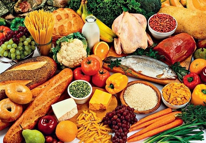 Τρόφιμα σε πρωτοετείς φοιτητές προσφέρει ο δήμος Ηλιούπολης