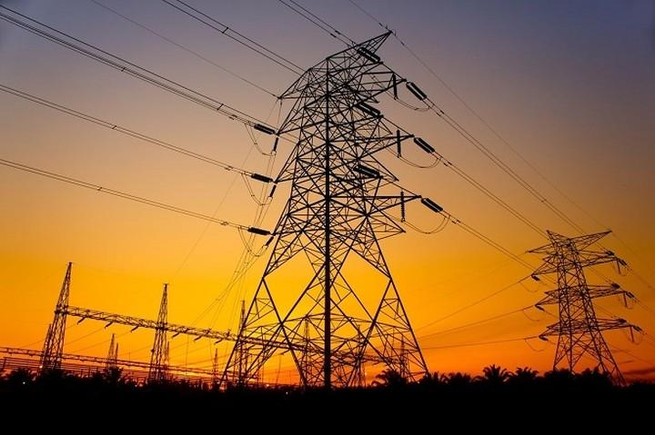 Ηχηρή παρέμβαση ΣΕΒ σε ΔΕΗ για τις τιμές του ρεύματος