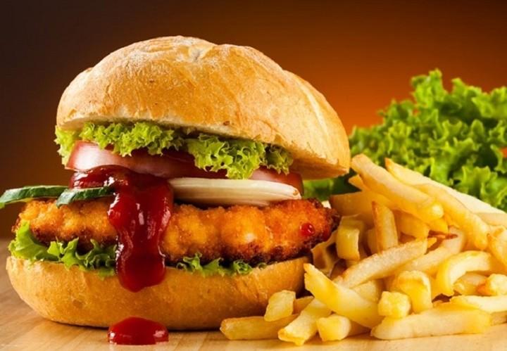 H αλυσίδα fast food που είδε τα κέρδη της να πέφτουν κατακόρυφα