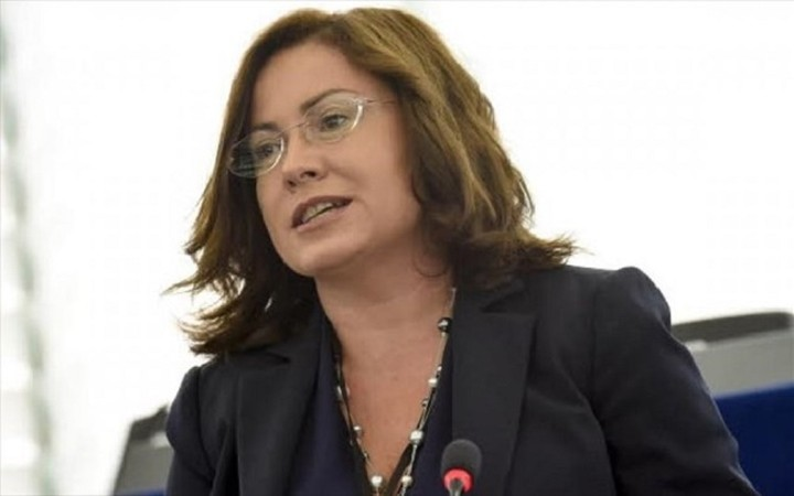 Μ. Σπυράκη: «Ο κ. Τσίπρας είναι αποφασισμένος να οδηγήσει τη χώρα στη χρεοκοπία»
