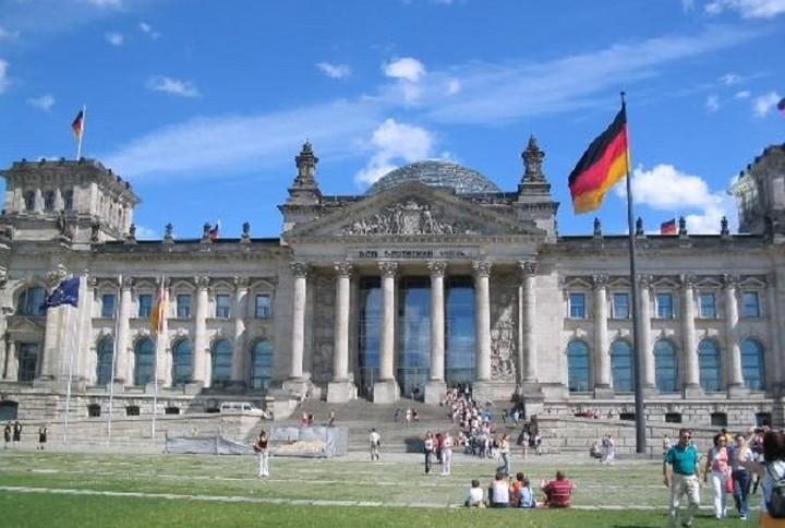Η επίσημη θέση του Βερολίνου: «Θα συνεργαστούμε με τη νέα κυβέρνηση»