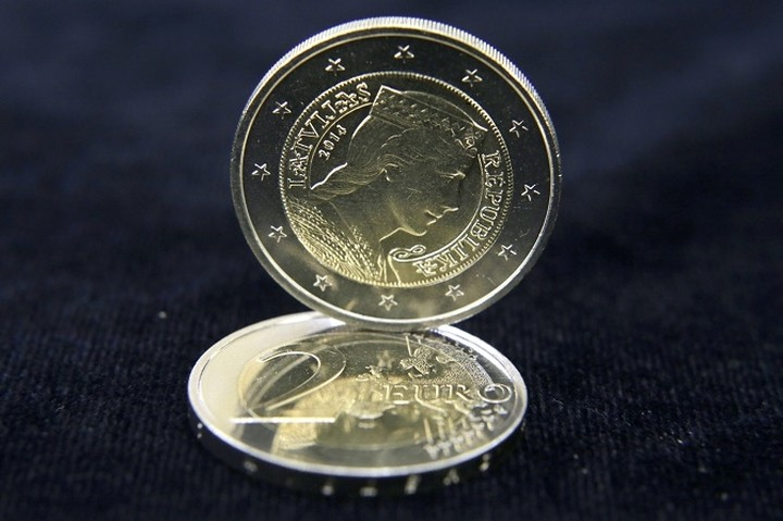 Ισχυρή ανάκαμψη για το ευρώ