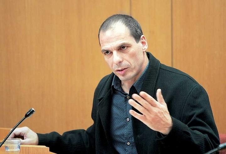 Ποιος είναι ο νέος Υπουργός Οικονομικών, Γιάνης Βαρουφάκης (Βιογραφικό)