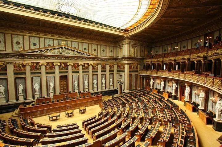 Ράινχολντ Μιτερλένερ: Να καταθέσει η Ελλάδα τις προτάσεις της
