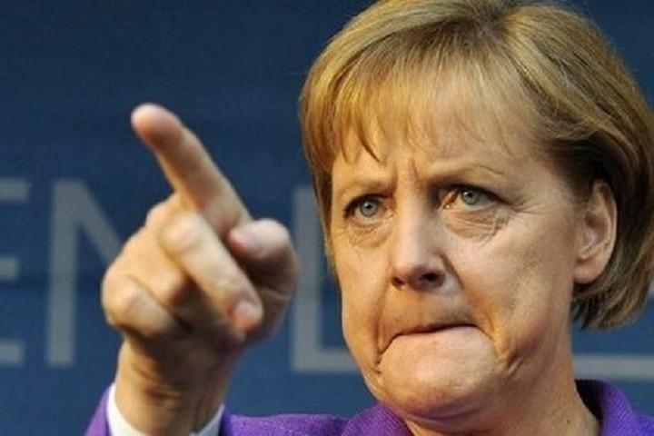 Μήνυμα - φωτιά από Μέρκελ: Η Ελλάδα θα πάρει δόση μόνο αν τηρήσει τις δεσμεύσεις της