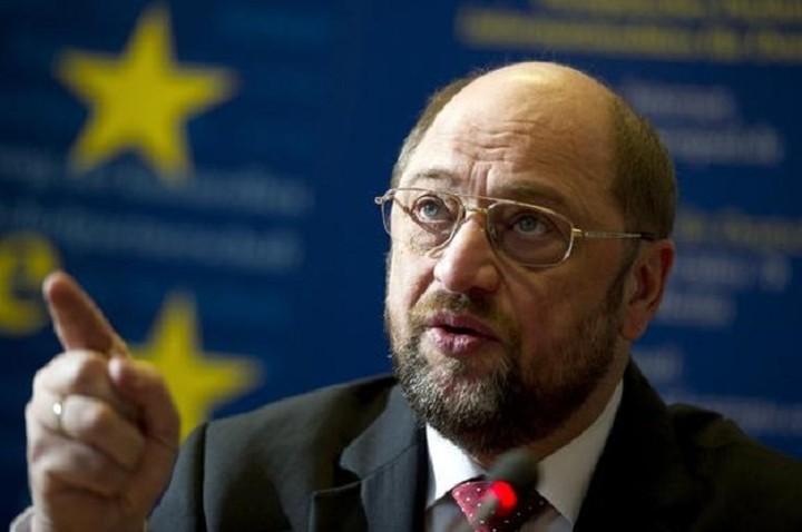 Σουλτς: «Εξεπλάγην όταν η Ελλάδα εγκατέλειψε την κοινή γραμμή της ΕΕ για την Ρωσία»