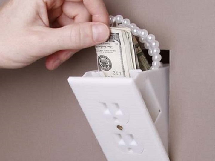 Ποιες είναι οι πιο δημοφιλείς κρυψώνες στο σπίτι για λεφτά