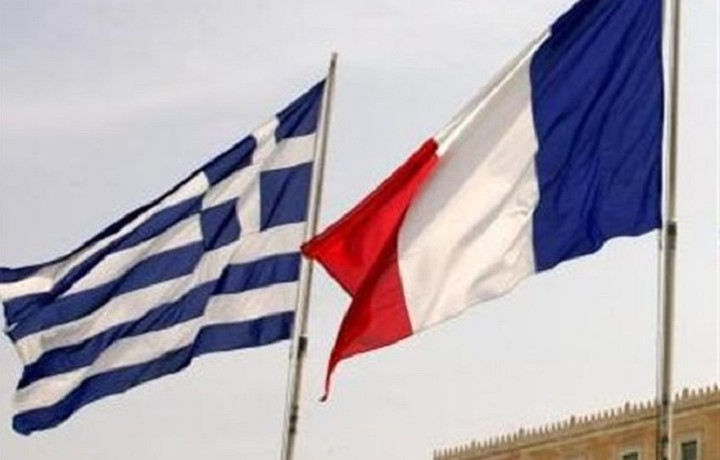 WSJ: Η Γαλλία στηρίζει την Ελλάδα στη μάχη για το χρέος