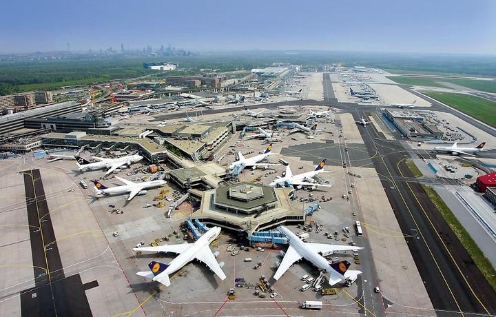Στάση αναμονής τηρεί η γερμανική Fraport για τα περιφερειακά αεροδρόμια