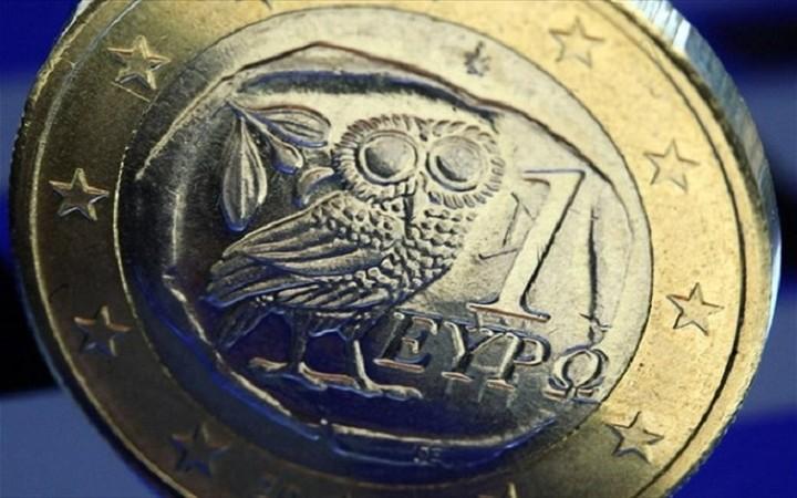Την προσωρινή έξοδο της Ελλάδας από το ευρώ προτείνει ιστορικός της Οικονομίας
