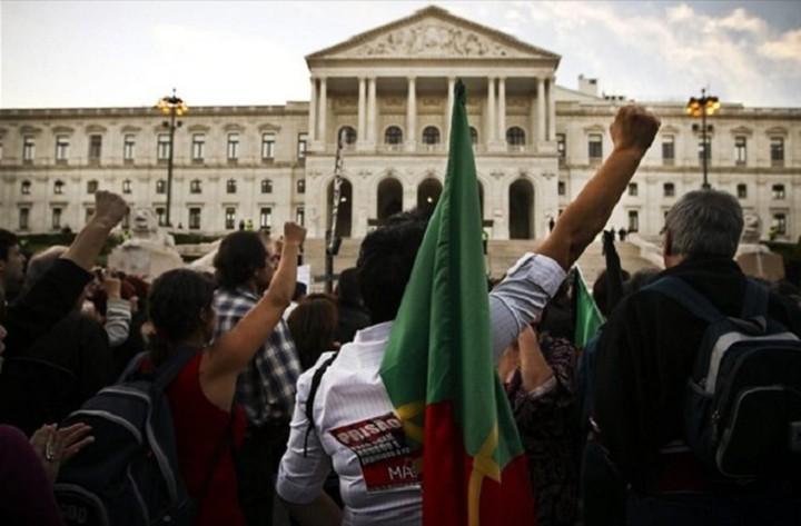Πορτογαλικό «όχι» στο κούρεμα του ελληνικού χρέους