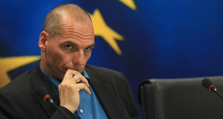 Βαρουφάκης: Δώστε μας χρόνο, μην αφήσετε τους Έλληνες να πεινάσουν