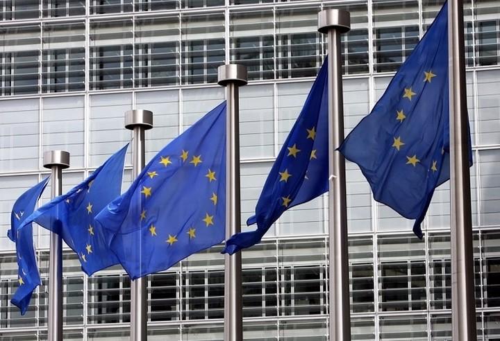 Κομισιόν: Απαραίτητη η παράταση του ελληνικού προγράμματος