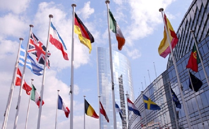 Μοσκοβισί: Θα συνεργαστούν τα κράτη-μέλη με την Ελλάδα αρκεί να τηρήσει τις δεσμεύσεις της