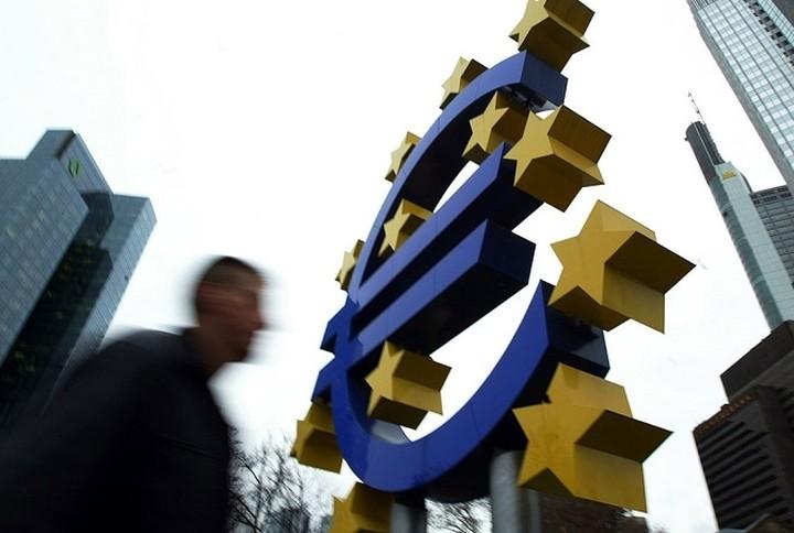 Welt: 'Eκτακτες πιστώσεις 60 δισ. ευρώ για την Ελλάδα από την EKT