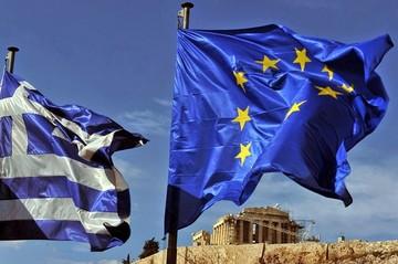 Υπέρ της Ελλάδας 300 διανοούμενοι από όλο τον κόσμο