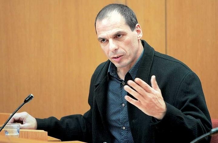 Βαρουφάκης: Θα ανταπεξέλθουμε στις πιέσεις