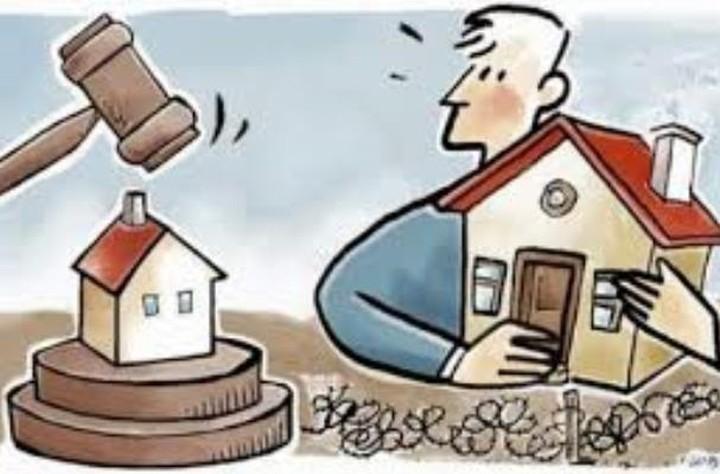 Στα δικαστήρια για τα δάνεια σε ελβετικό φράγκο - Οι αγωγές και οι προτάσεις συμβιβασμού
