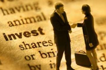 """Σε κατάσταση συναγερμού τα ξένα funds που αγόρασαν """"Ελλάδα"""" - Τα σχέδιά τους"""
