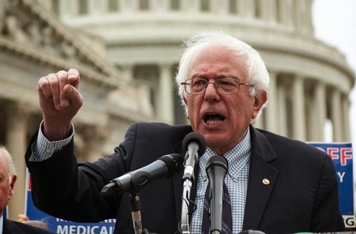 Γερουσιαστής των ΗΠΑ ζητά παρέμβαση της κυβέρνησης για στήριξη της Ελλάδας