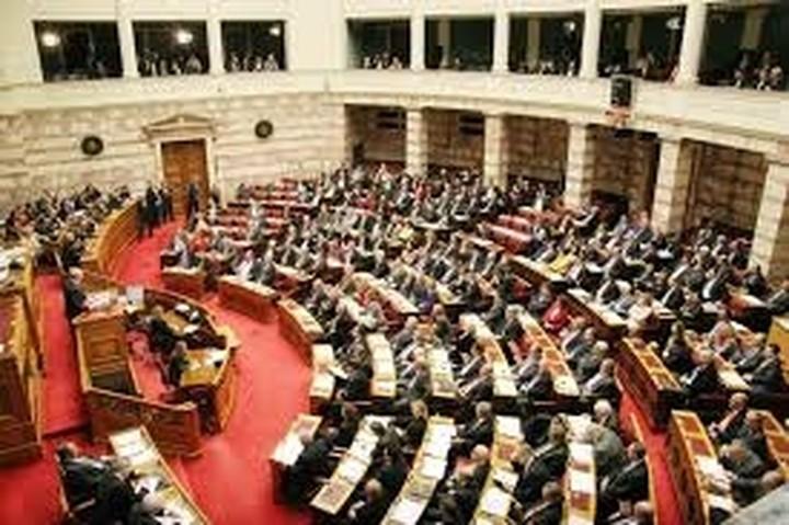 """Με 162 """"ναι"""" η κυβέρνηση έλαβε ψήφο εμπιστοσύνης"""