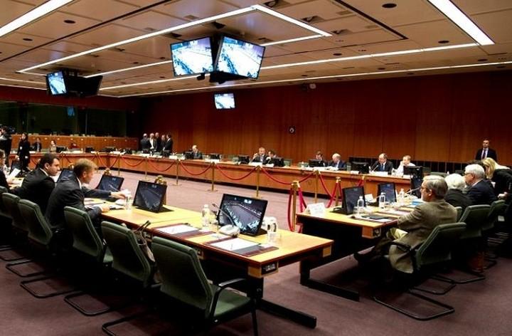 Με «πακέτο» 5 σημείων προσέρχεται στο Eurogroup η Αθήνα