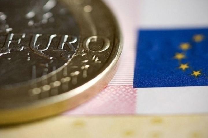 Δημοσκόπηση Reuters: Μία στις τέσσερις είναι η πιθανότητα Grexit