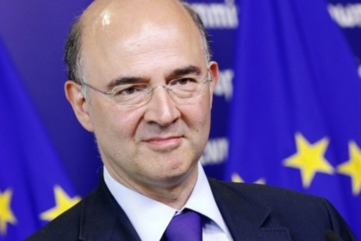 "Moscovici: ""Όλοι έχουμε τον ίδιο στόχο να μείνει η Ελλάδα στην Ευρωζώνη"""