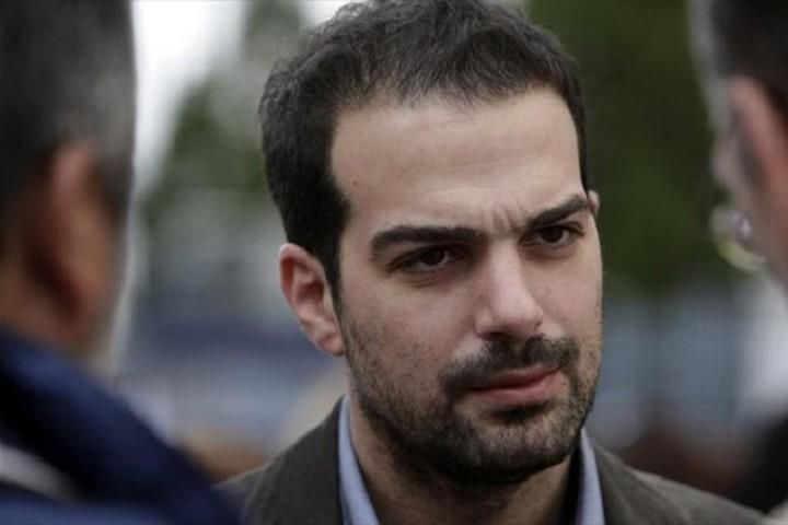 Σακελλαρίδης: Η κυβέρνηση συνεχίζει τη σκληρή διαπραγμάτευση